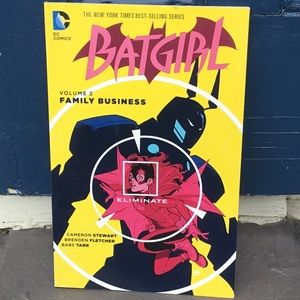 DC Comics Batgirl Volume 2 - Family Business